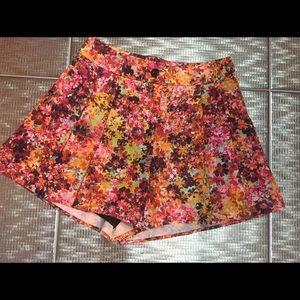 Bebe Multi Colored Pleated Shorts